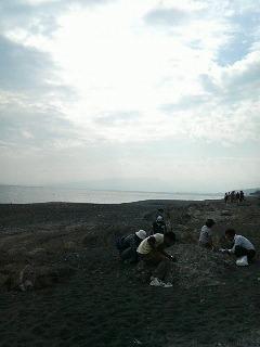 綾瀬市委託事業化石掘りイベント
