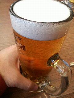 乾杯〜!うぃ〜す…(<br />  笑)