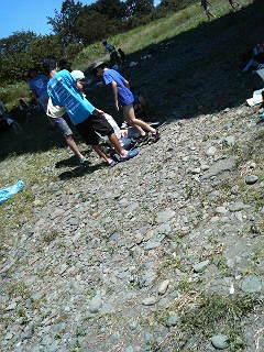 相模川のゴミ拾い